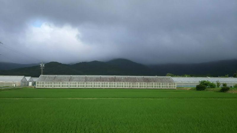 2018-0629 雲と田んぼと山